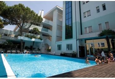 Hotel Carillon ***